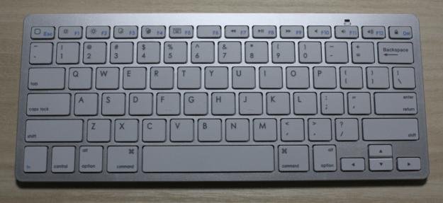 anker-bluetooth-keyboard-01