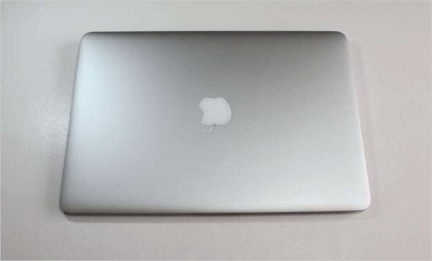 macbook-air-open-09