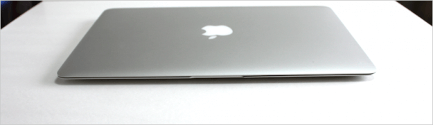 macbook-air-open-12