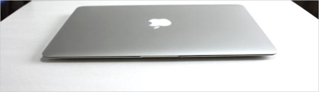 macbook-air-open-12