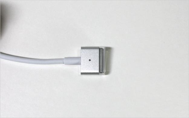 macbook-air-open-17