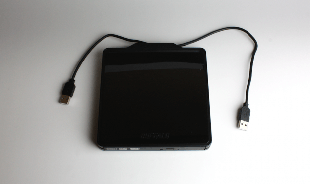 macbook-buffalo-portable-dvd-04