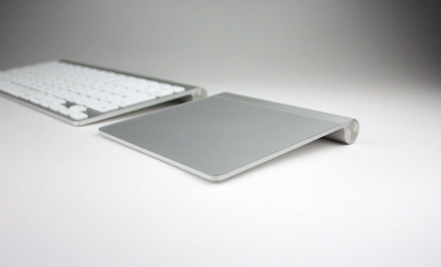 apple-magic-trackpad-01