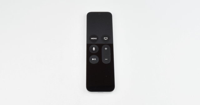 apple-tv-4th-gen-siri-remote-1