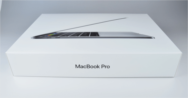 macbook-pro-late-2016-open-02